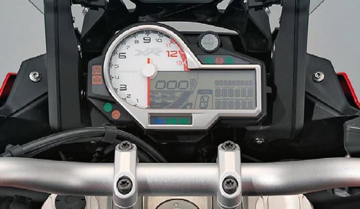 bmw-motorrad-adventure-sport-pribornaya-panel