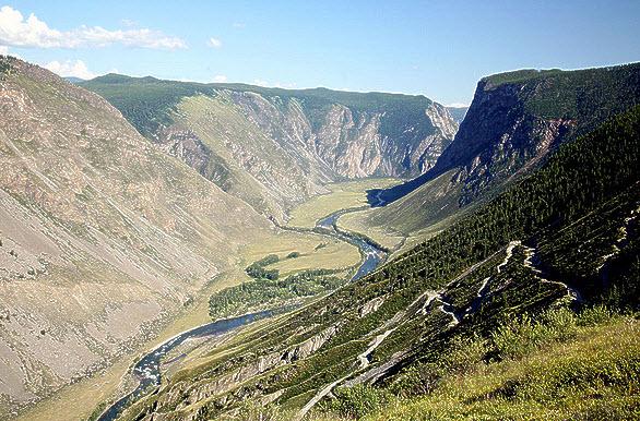 dolina-reki-chulishman