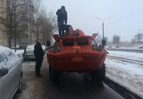 taksi-brdm-2-speredi